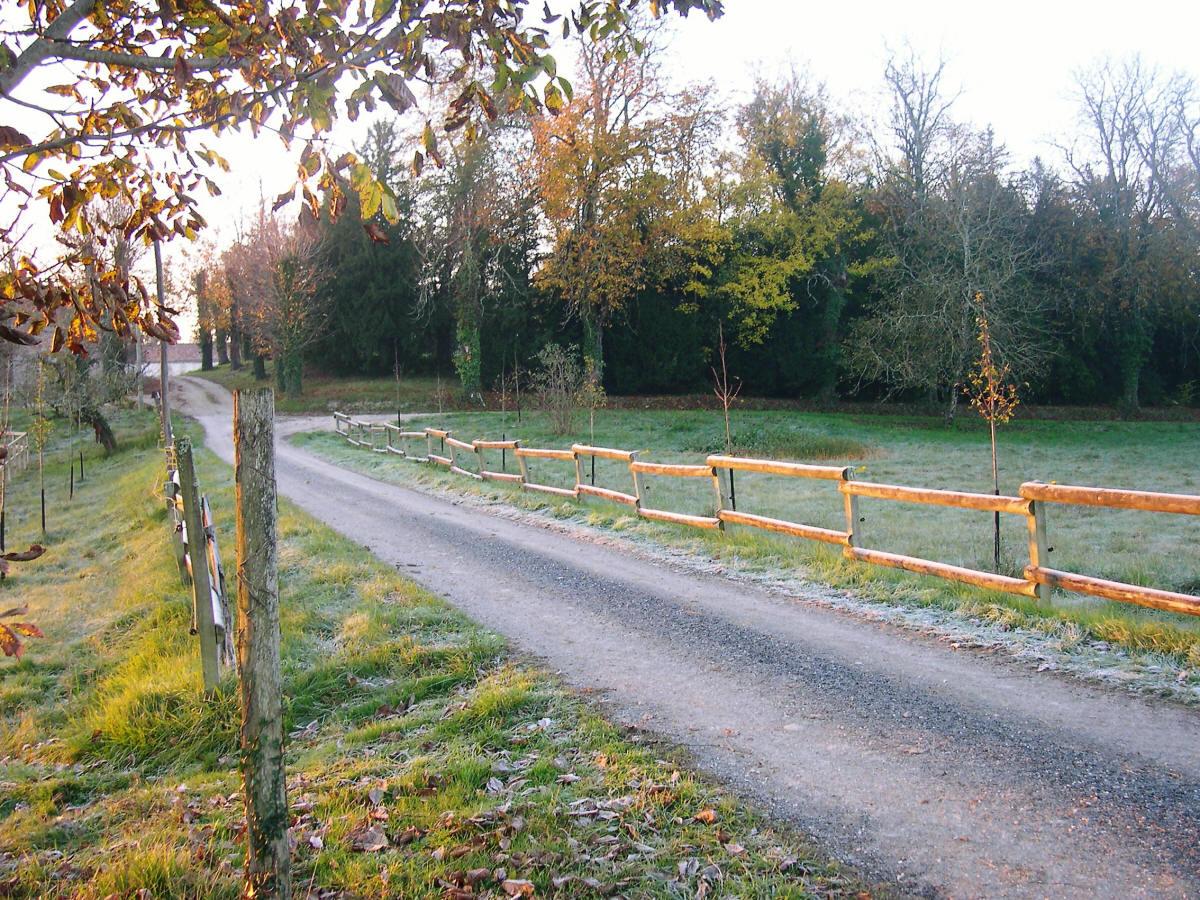 old fence france